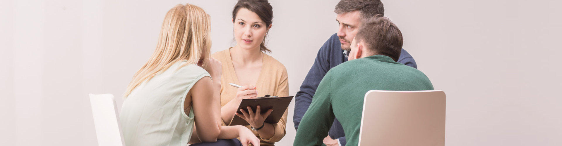 counselor counseling patients